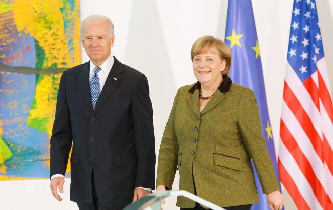 """Меркель и Байден высказались за сохранение транзита газа через Украину в дополнение к """"Северному потоку – 2"""""""