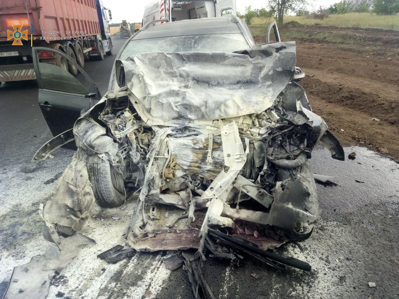 В ДТП с перевертышем на Окружной пострадали три человека, один водитель – без сознания