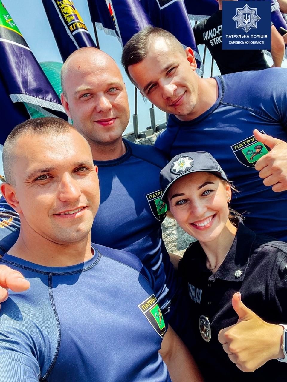 Харьковские патрульные соревнуются с силачами в Днепре