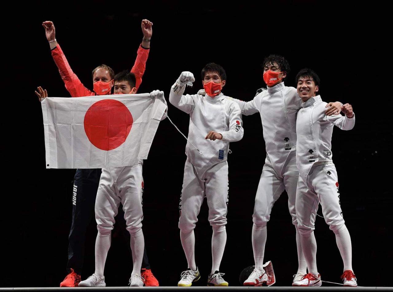 Японцы выиграли командный турнир по фехтованию на шпагах под руководством харьковского тренера - фото 2