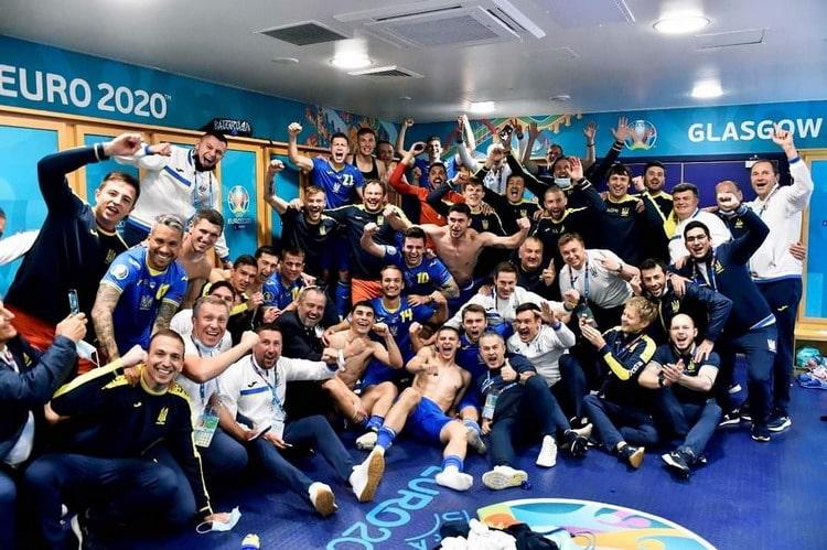 Радість збірної України після гри зі Швецією