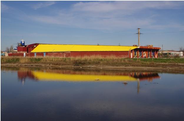 Клуб на берегу в Кирилловке