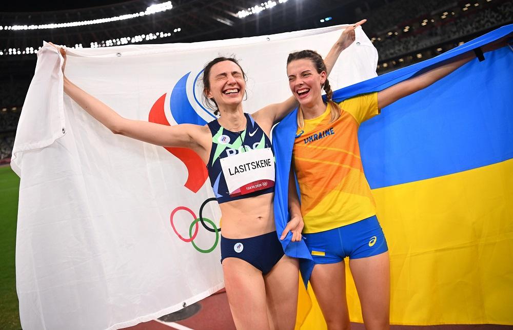 Призер Олимпиады Ярослава Магучих прокомментировала нашумевшее фото с россиянкой Ласицкене (видео)