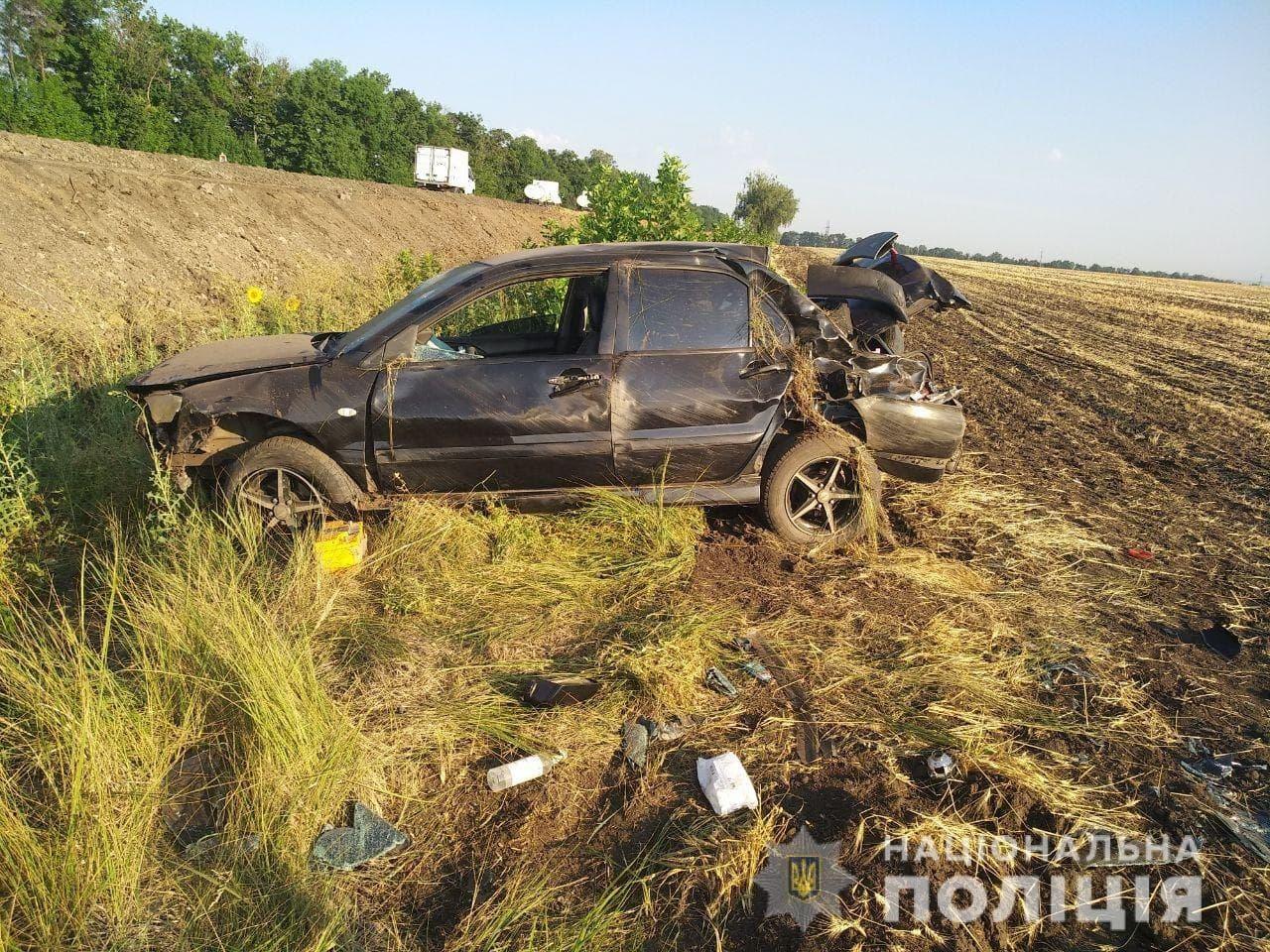 Авто вылетело в кювет: подробности ДТП с пострадавшей (фото)