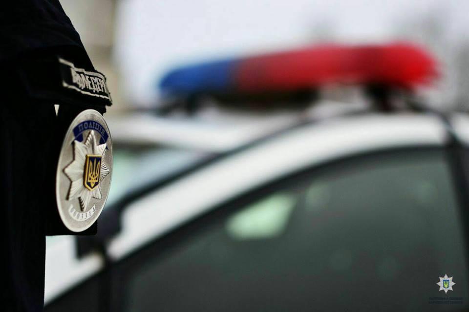 Избиение полицейского в Харькове: нападавшему сообщили о подозрении