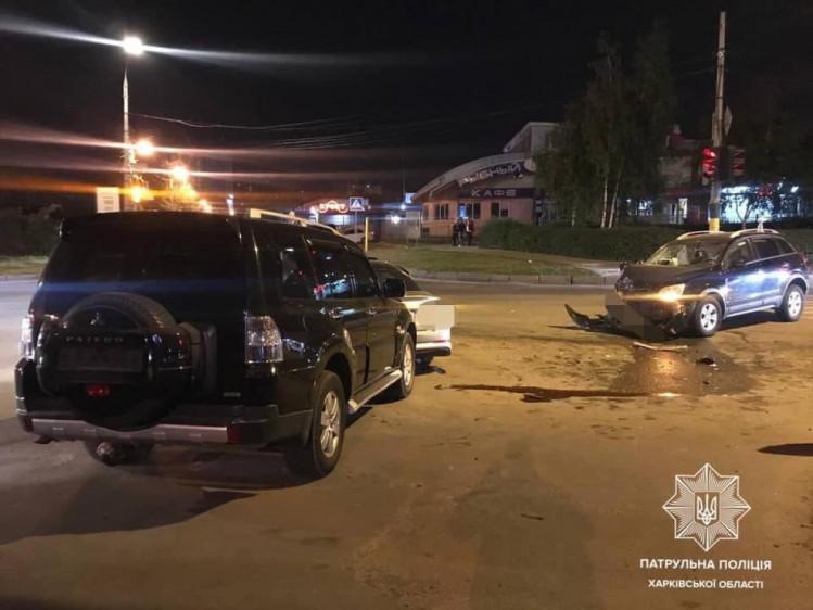 Тройное ДТП в Харькове: пострадали три человека (фото)