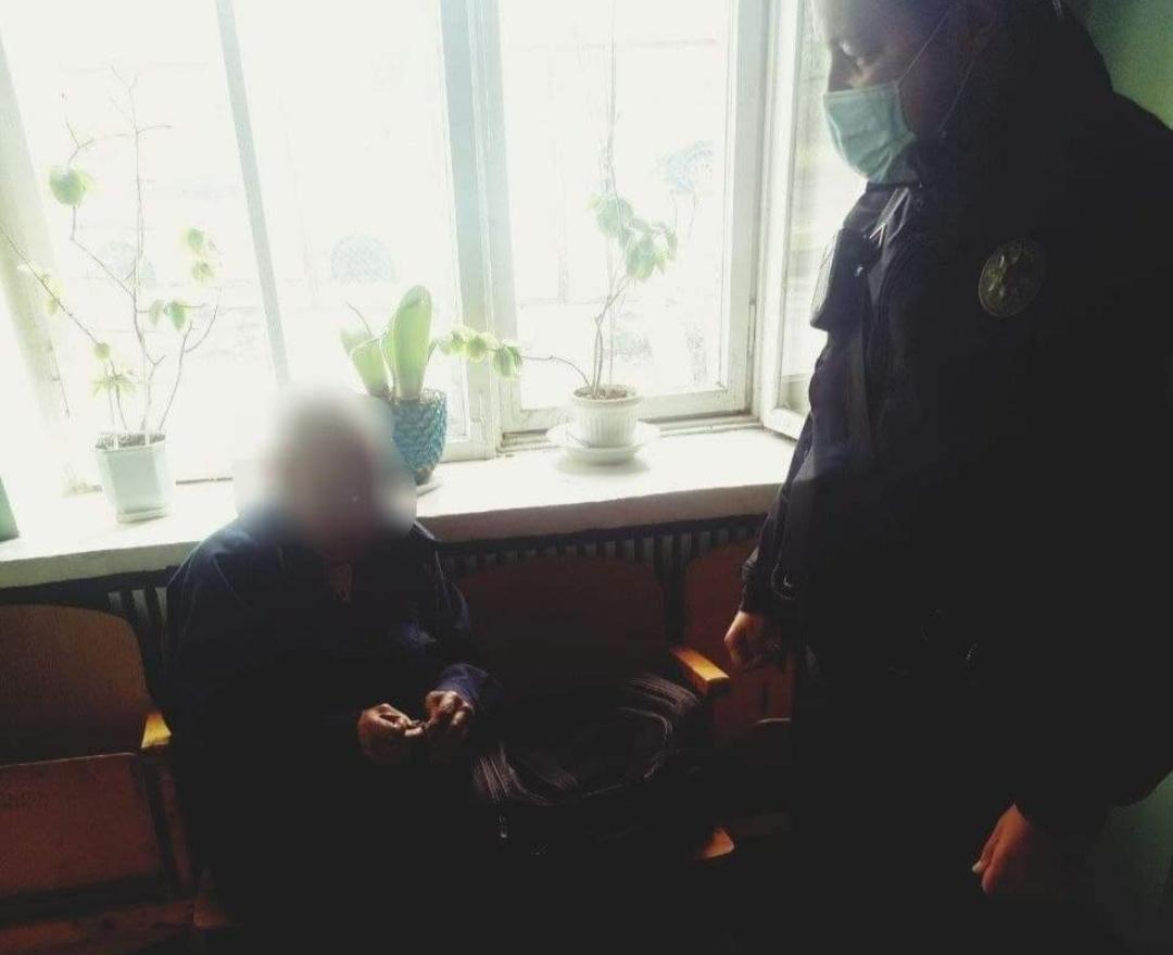 В Харьковской области пенсионера, который забыл дорогу домой, нашли в соседнем поселке