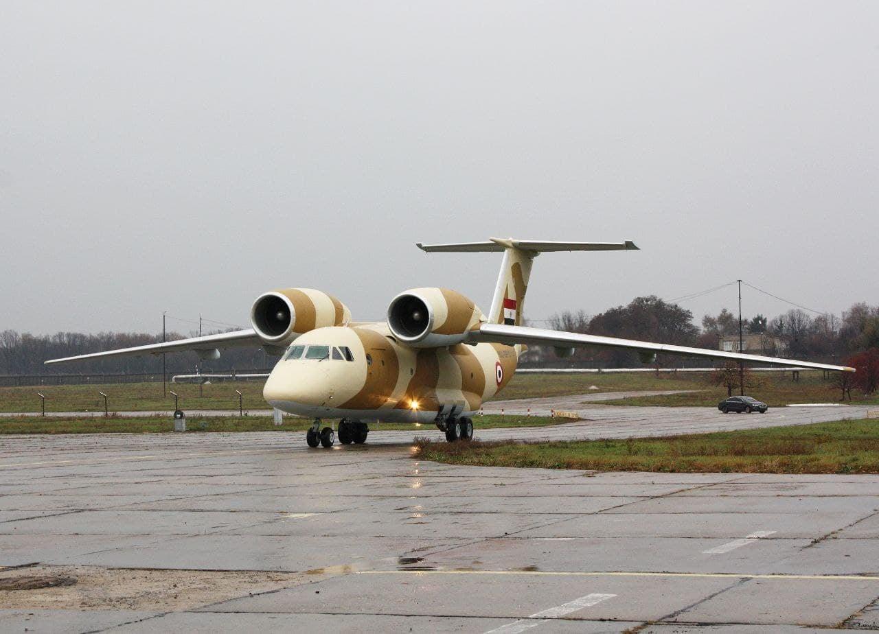 Работники Харьковского авиапредприятия получили зарплату за август
