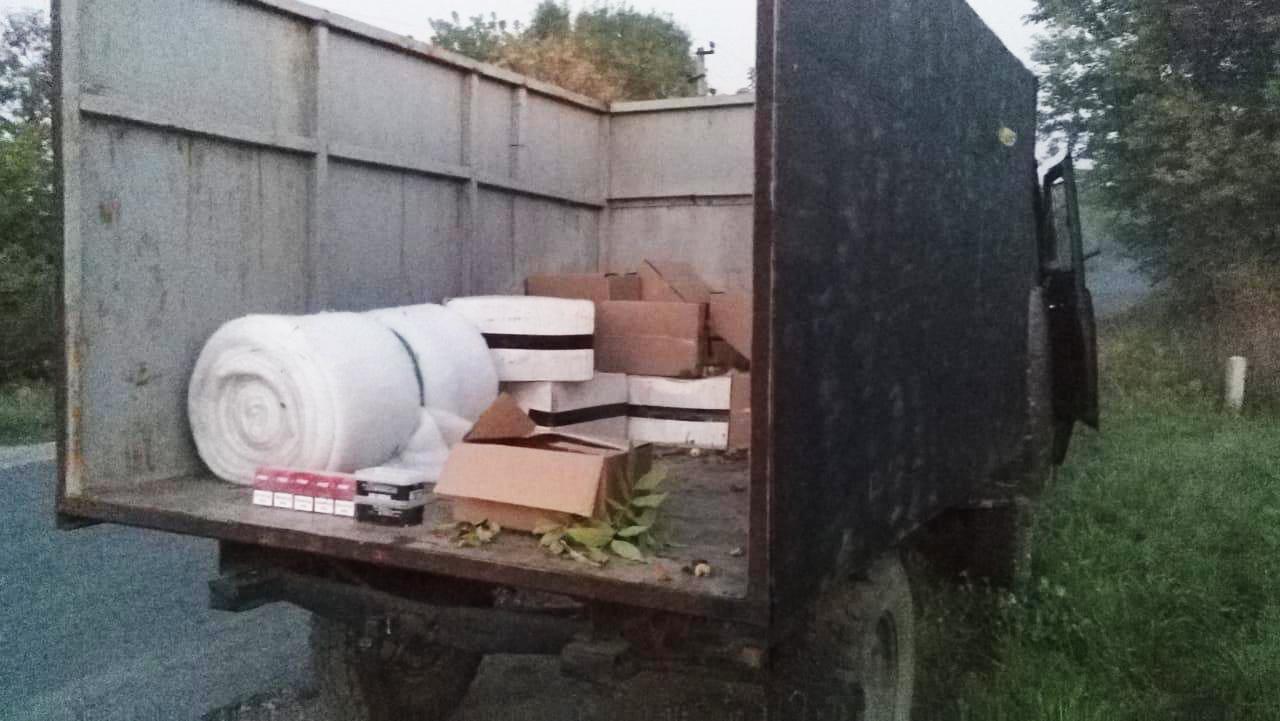 Харьковские пограничники пресекли попытку контрабанды в Россию (фото)