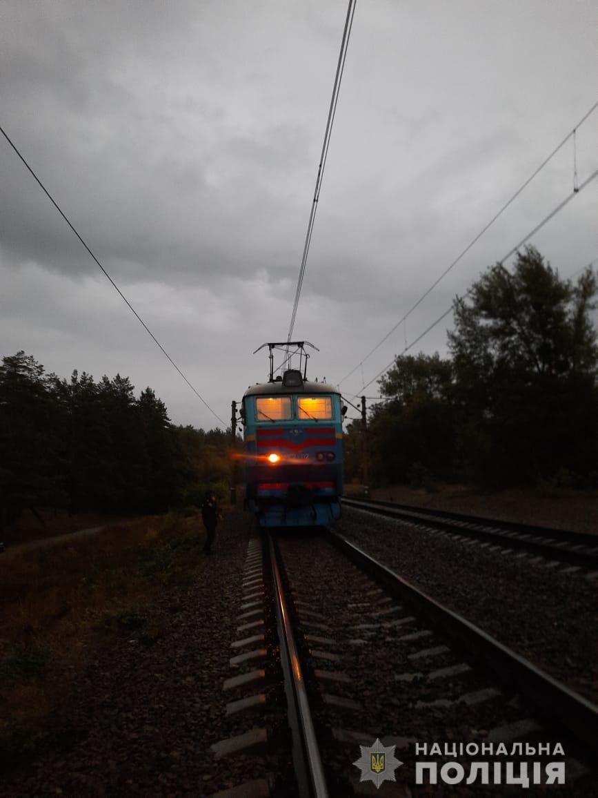 Харьковская пенсионерка насмерть сбита скоростным поездом (фото)