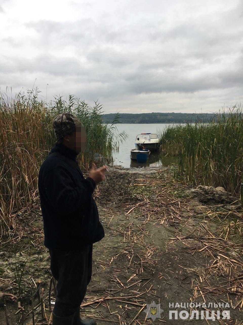 На Харьковщине на браконьера, который выловил сетями 77 кг рыбы, завели уголовное дело - фото 4