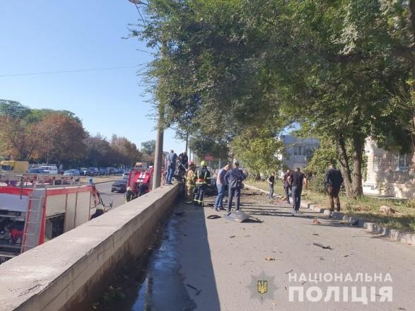 Взрыв в Днепре: личности погибших в автомобиле установлены (фото, видео)