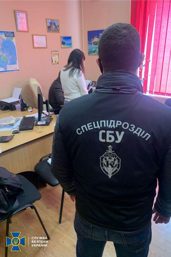 СБУ разоблачила на Харьковщине схему подделки ПЦР-тестов