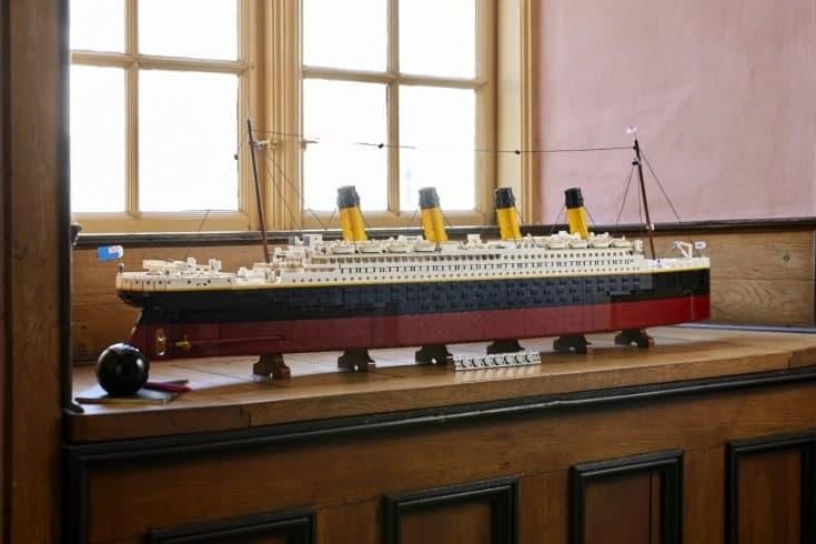 """В честь 100-летия """"Титаника"""" в компании Lego выпустили уникальный конструктор (фото)"""
